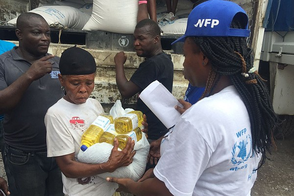 WFP food distribution in Les Cayes, Haiti.