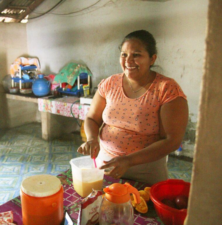 Woman cooking in El Salvador