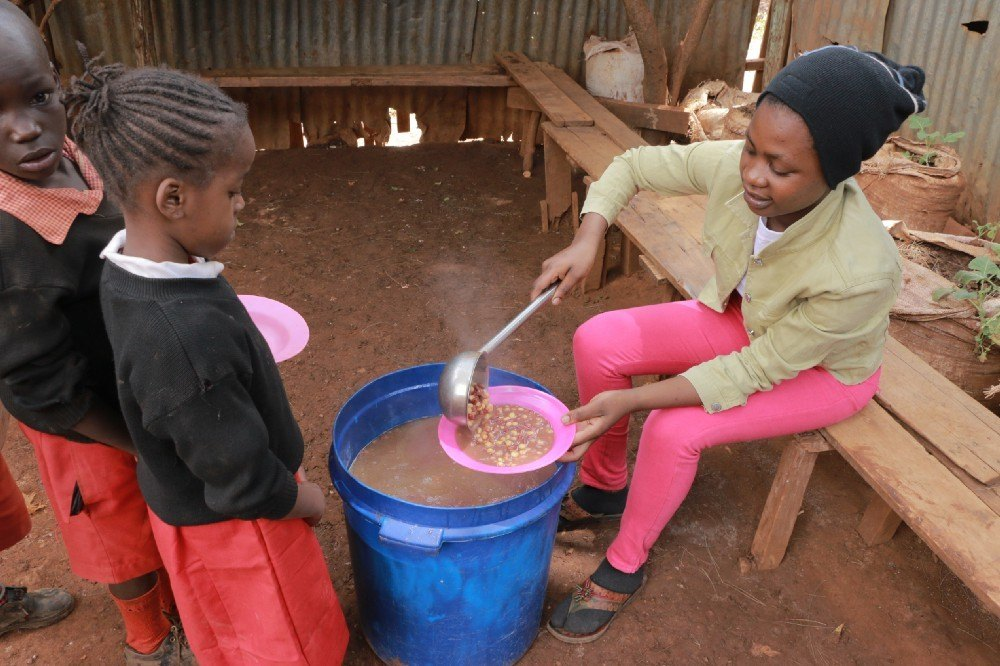 The Government of Kenya took full ownership of the national school feeding programme in June 2018, now providing hot meals to over 1 million children across the country.