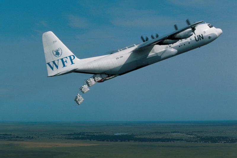 UN WFP cargo plane drops food over Sudan