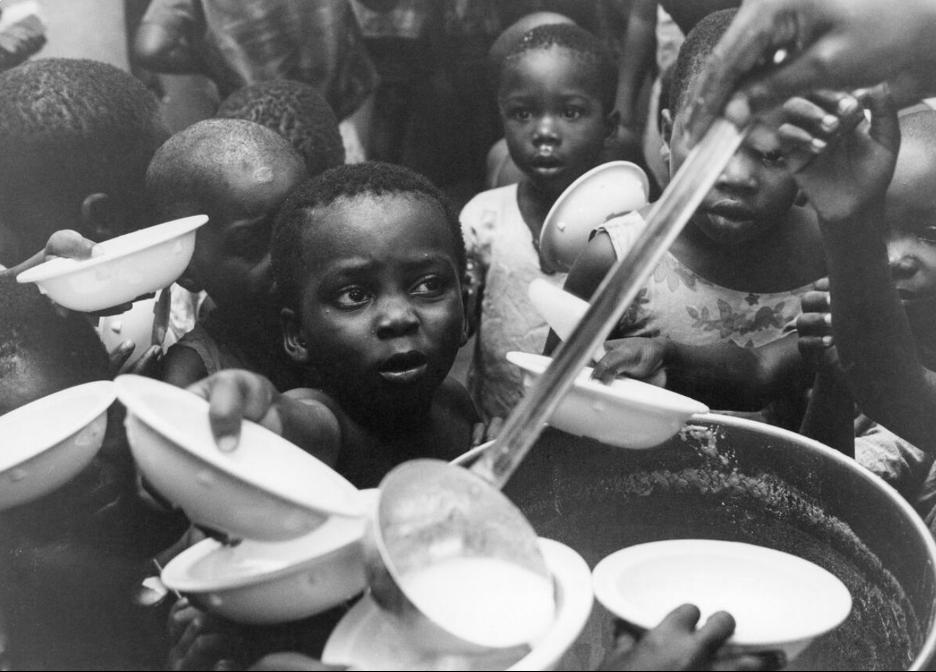 UN WFP feeding children in Nigeria